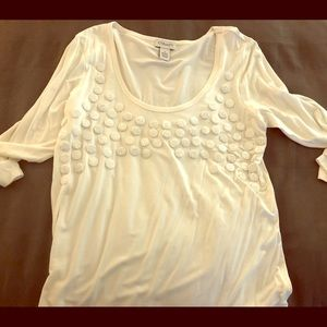 Long-sleeved, white shirt with sequence design